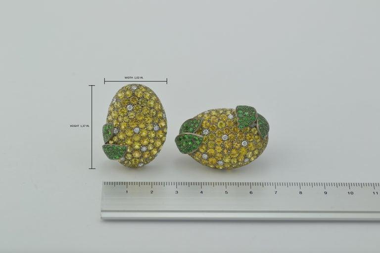 Women's Margherita Burgener Yellow Sapphires Tsavorite Diamond Titanium Gold Earrings For Sale