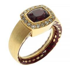 Rhodolite Garnet Brown Diamonds 18 Karat Yellow Gold Male Enamel Ring