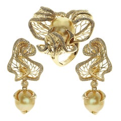Golden South Sea Pearl Brown Diamond 18 Karat Yellow Gold Winter Cherry Suite