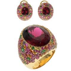 Rubellite Multi-Color Sapphire 18 Karat Yellow Gold Ring Earrings Suite