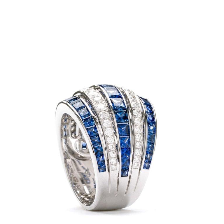 Princess Cut Blue Sapphire 18 Karat White Gold Princess Ring For Sale