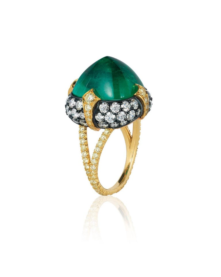 Bayco 11.28 Carat Sugarloaf Cabochon Colombian Emerald Diamond Gold Silver Ring In New Condition For Sale In New York, NY