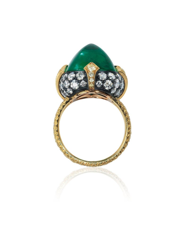 Women's or Men's Bayco 11.28 Carat Sugarloaf Cabochon Colombian Emerald Diamond Gold Silver Ring For Sale