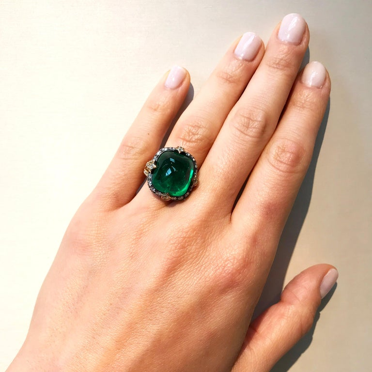 Bayco 11.28 Carat Sugarloaf Cabochon Colombian Emerald Diamond Gold Silver Ring For Sale 1