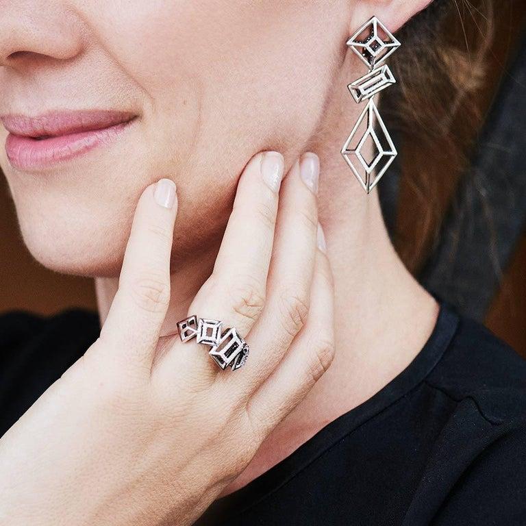 Modern 18 Karat Gold Rhodium Silver White and Black Diamonds Black Spinel Ring Aenea For Sale