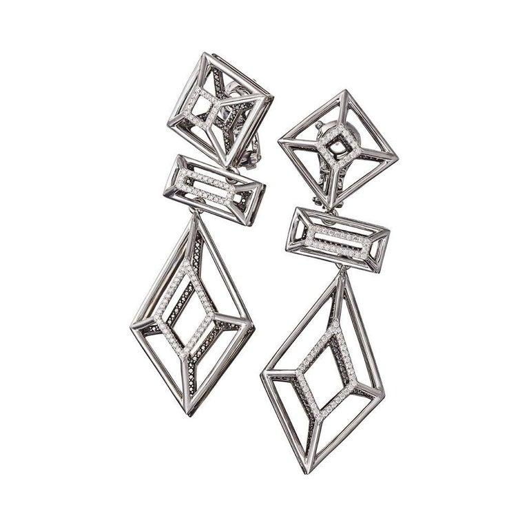 18 Karat Gold Rhodium Silver White and Black Diamonds Black Spinel Ring Aenea For Sale 2