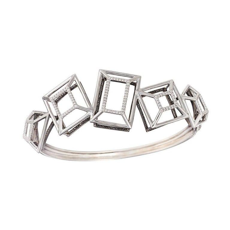 18 Karat Gold Rhodium Silver White and Black Diamonds Black Spinel Ring Aenea For Sale 3