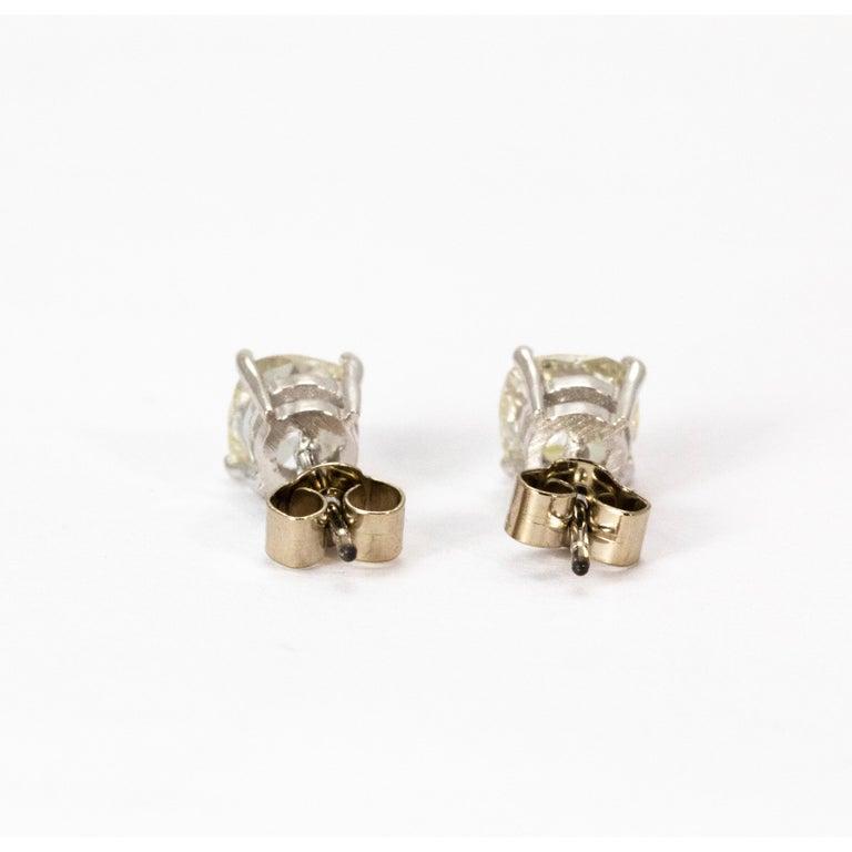 Women's or Men's Art Deco Certified 1.9 Carat Diamond Stud Earrings For Sale