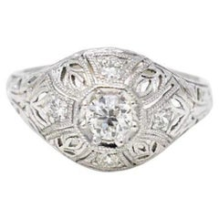 Art Deco 0.40 Carat Diamond Filigree 18 Karat White Gold Engagement Ring