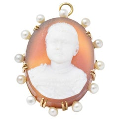 Hardstone Natural Pearl and 14 Karat Gold Victorian Cameo Pendant or Brooch