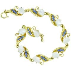Retro Moonstone Sapphire 14 Karat Yellow Gold Vintage Bracelet