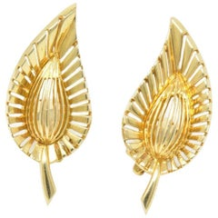 Tiffany & Co. Vintage 14 Karat Yellow Gold Leaf Clip Earrings