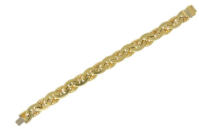 Round Cut Bulgari Contemporary 2.10 Carat Diamond 18 Karat Gold Link Bracelet For Sale