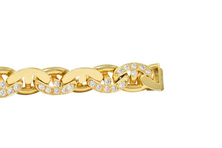 Women's or Men's Bulgari Contemporary 2.10 Carat Diamond 18 Karat Gold Link Bracelet For Sale