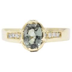 Contemporary 1.25 Carat Alexandrite, Diamond and 14 Karat Gold Ring