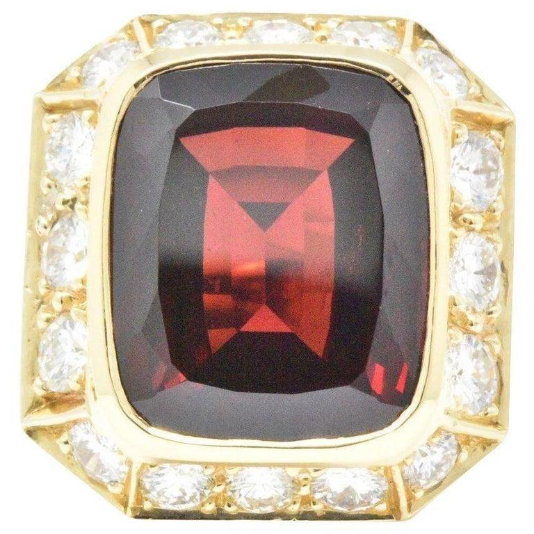 Vintage 18.20 Carat Garnet Diamond and 14 Karat Gold Cocktail Ring