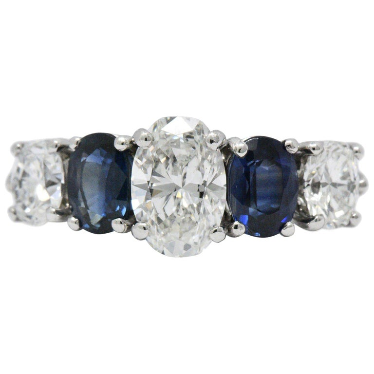 Contemporary 2.90 Carat Diamond Sapphire Platinum Ring GIA Certified