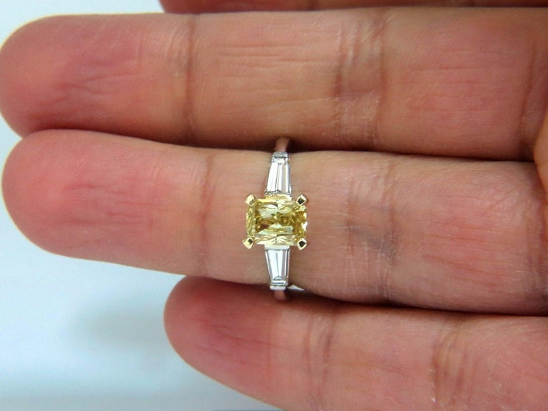 GIA Certified 2.12 Carat Fancy Yellow Radiant Cut Diamond Ring 14 Karat For Sale 2