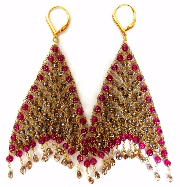 37.20ct Natural Fancy color briolette diamond dangle earrings 18kt Curtain Mesh For Sale 1