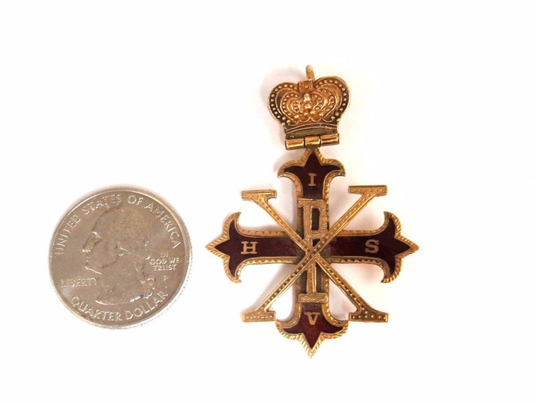 Antique Royal Medallion Charm  Overall: 1.84 X 1.40 inch   7  grams total weight  14kt gold
