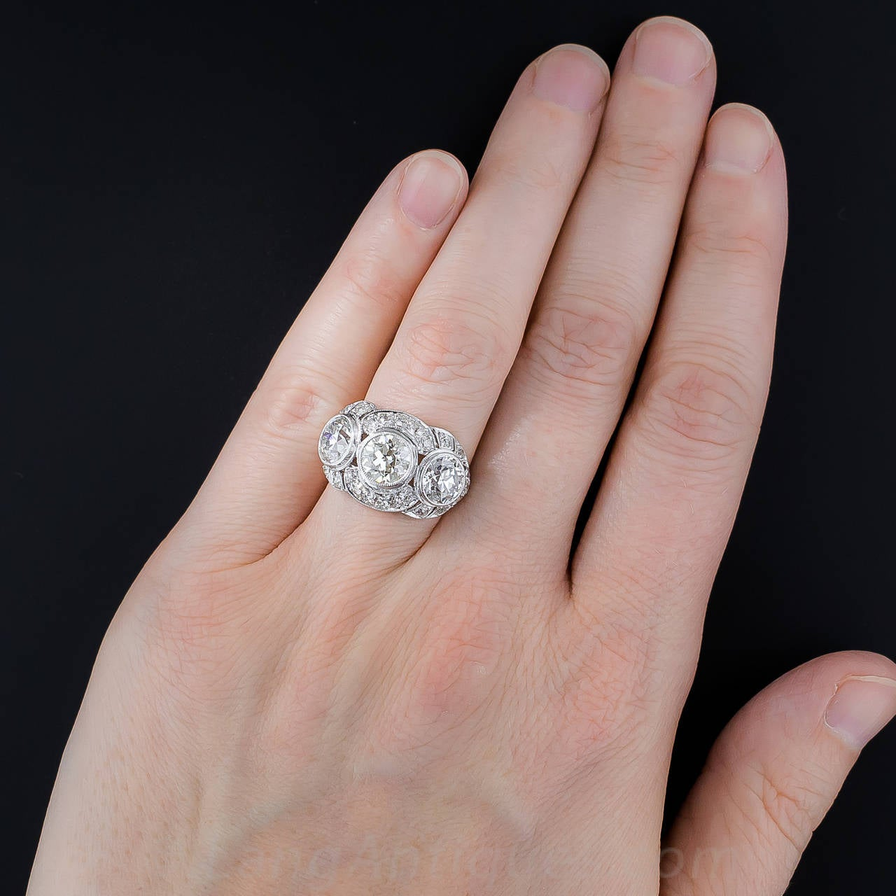 A Critical Look at Diamond Sizes on Hands And Costs