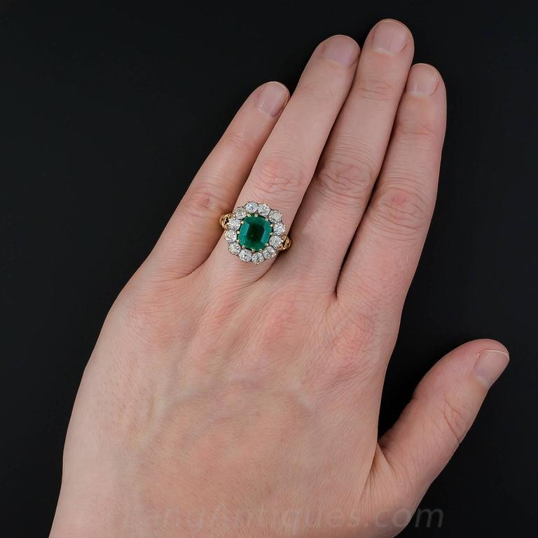 Victorian 2.75 Carat Emerald Diamond Gold Cluster Ring 7