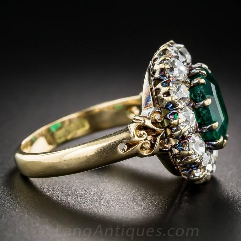 Victorian 2.75 Carat Emerald Diamond Gold Cluster Ring 4