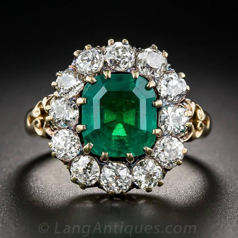 Victorian 2.75 Carat Emerald Diamond Gold Cluster Ring 2