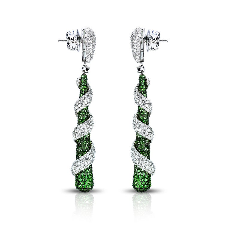 Art Deco Studio Rêves 18 Karat Gold, Diamonds and Tsavorite Dangling Earrings For Sale