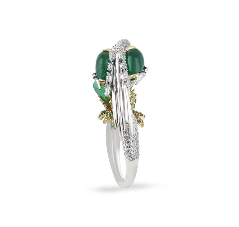 Pear Cut Studio Rêves Crane Ring in 18K Gold and Diamonds with Emeralds and Tsavorites For Sale