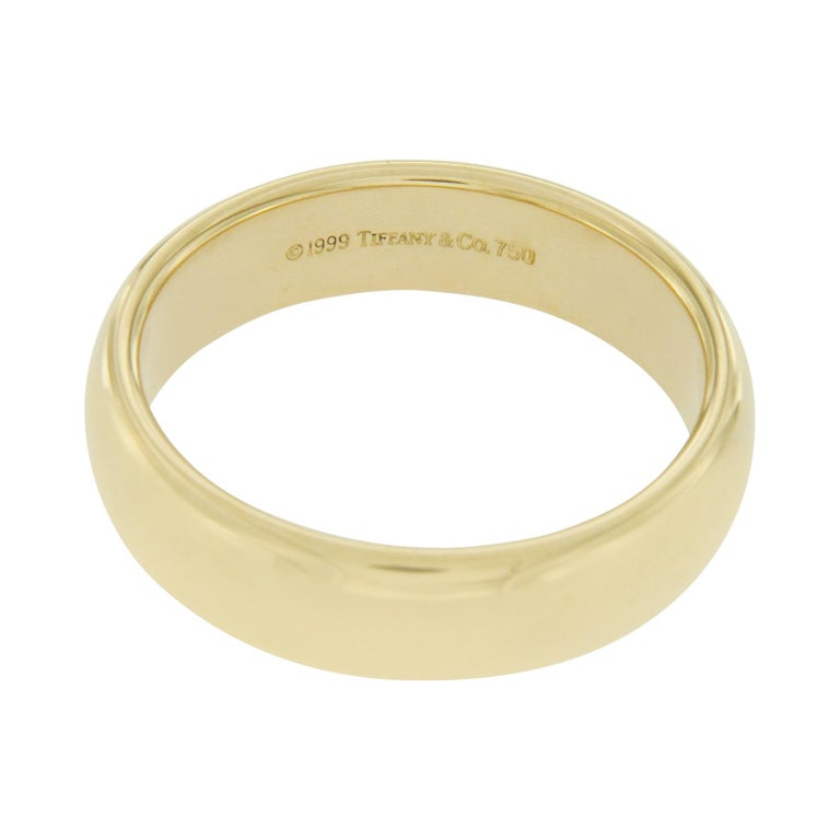 1999 Tiffany And Co 18 Karat Yellow Gold Wedding Band Ring For Sale