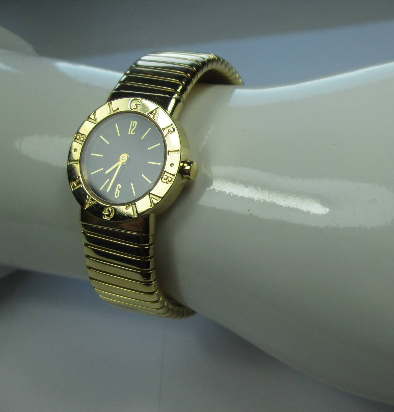 Bulgari Lady's Gold Tubogas Quartz Wristwatch 4