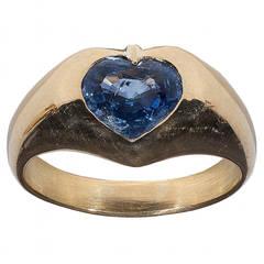 Bulgari Heart-Shaped Natural Sapphire Gold Ring