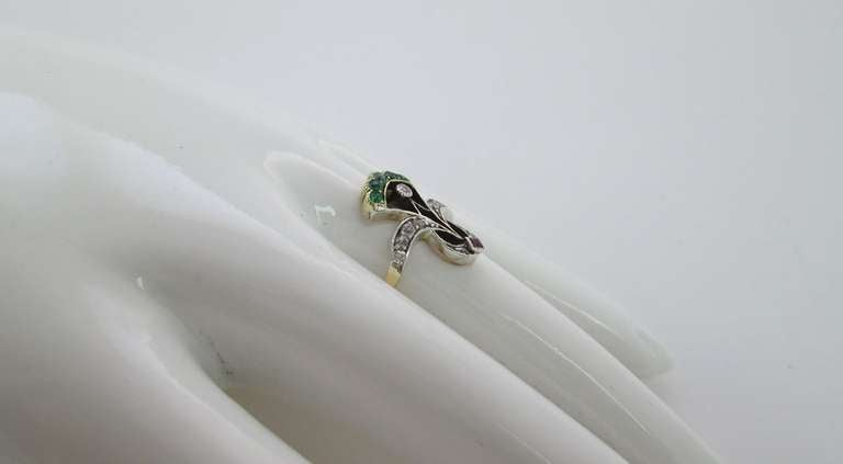 An Antique Emerald Ruby Diamond Ring 5