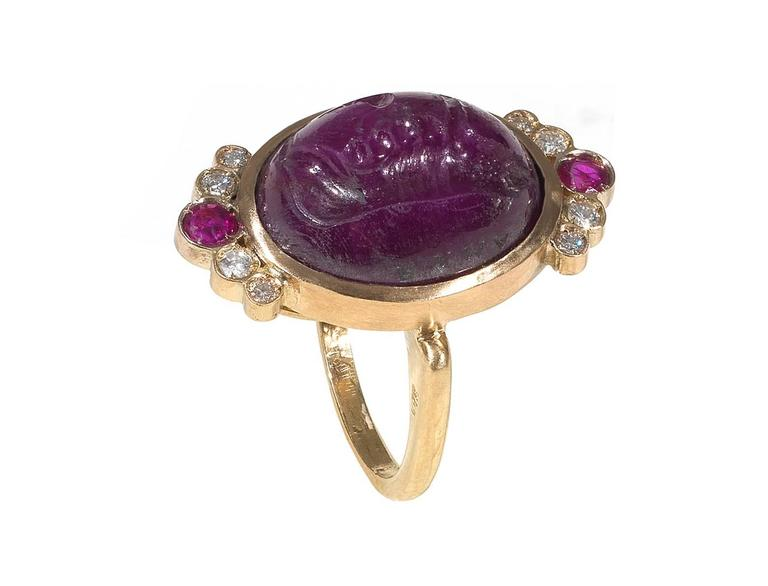Antique Ruby Diamond She Wolf Signet Intaglio Ring For