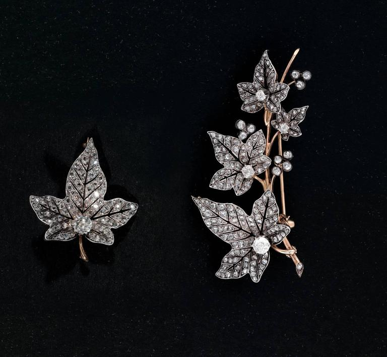 1870s French Diamond Ivy Leaves Double Spray Brooch In Excellent Condition For Sale In Firenze, IT