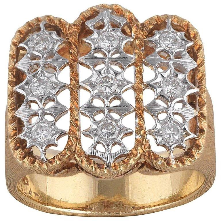 Buccellati Satin Finished Yellow Gold and Diamond Cluster Ring In Excellent Condition For Sale In Firenze, IT