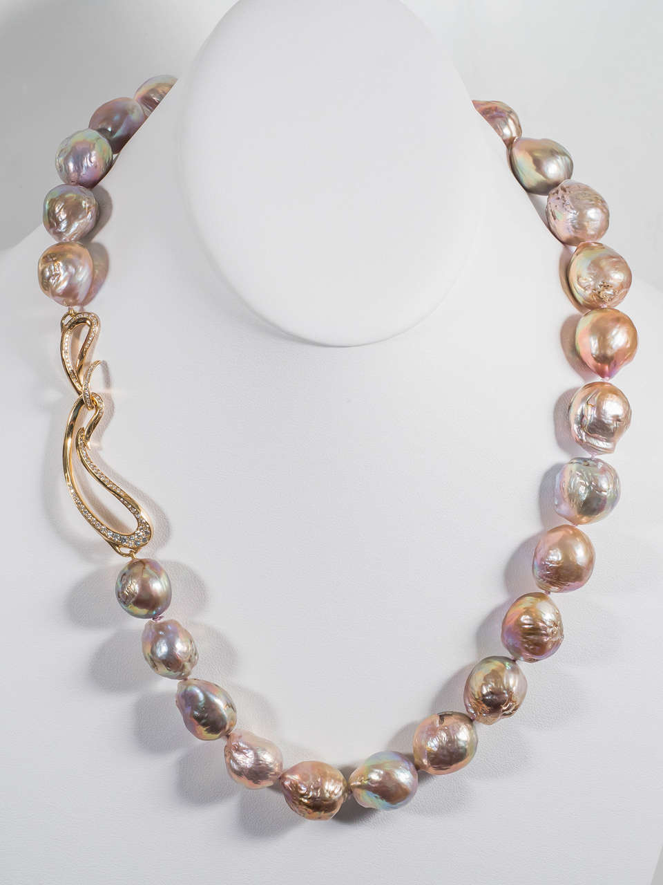 Naomi Sarna Pearl Diamond Gold Necklace For Sale 1