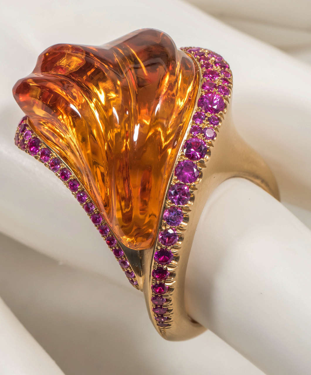 Naomi Sarna Hand-Carved Citrine Pink Sapphire Gold Ring For Sale 4