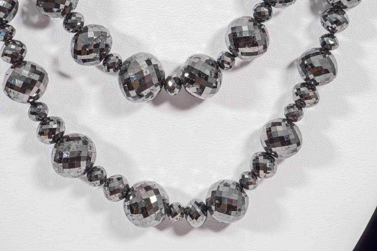 Naomi Sarna Black Diamond Necklace with 18K Gold and White Diamond Clasp For Sale 2