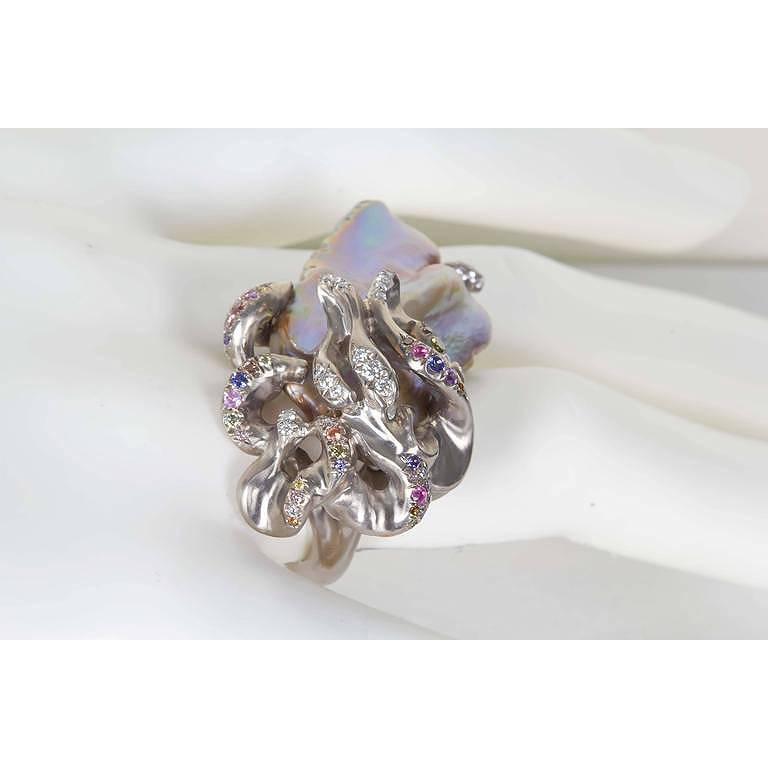 Naomi Sarna Freshwater Pearl Diamond Sapphire Gold Ring For Sale 3
