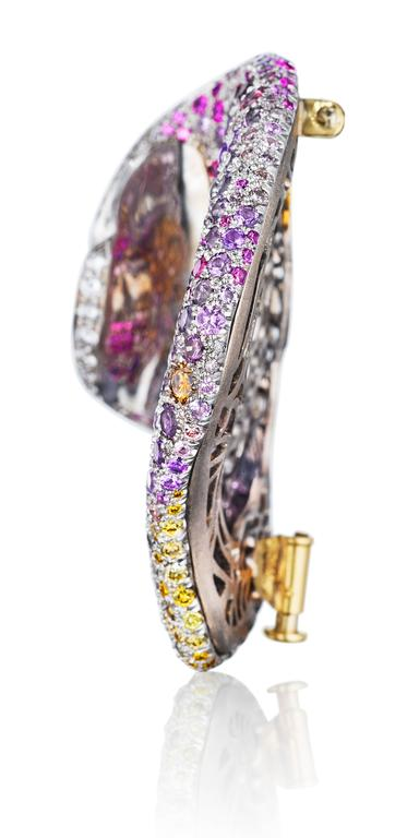 Naomi Sarna Multicolored Sapphire Amethyst Diamond Gold Petal Brooch In As New Condition For Sale In New York, NY