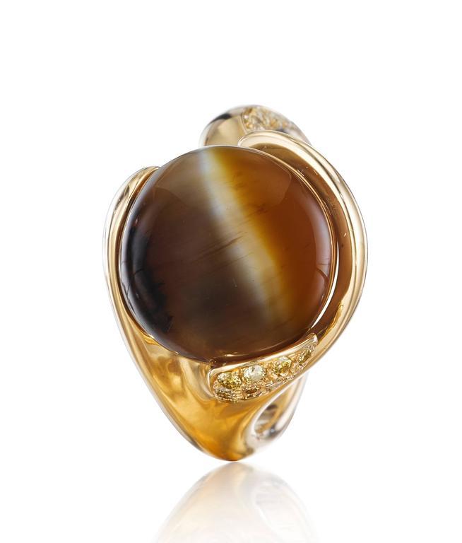 Women's Naomi Sarna Brown Cat's Eye Opal Diamond Gold Ring For Sale