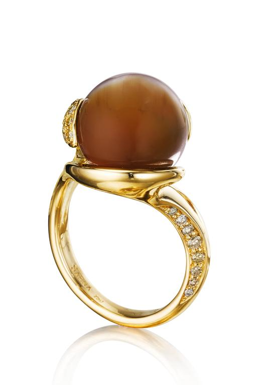 Naomi Sarna Brown Cat's Eye Opal Diamond Gold Ring In New Condition For Sale In New York, NY