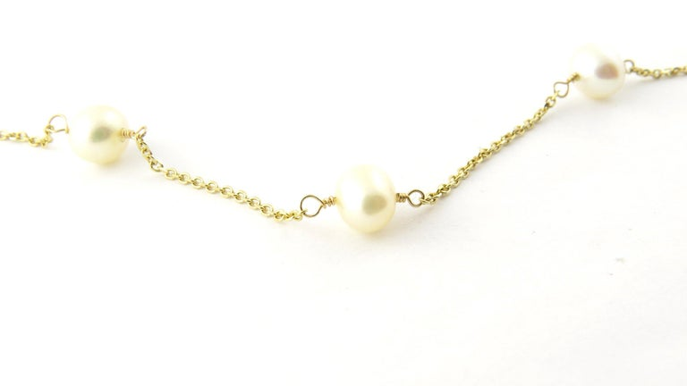 Round Cut 14 Karat Yellow Gold and Pearl Necklace For Sale