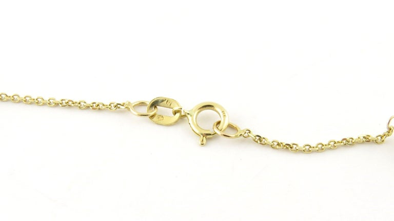 14 Karat Yellow Gold and Pearl Necklace In Good Condition For Sale In Washington Plaza, CT