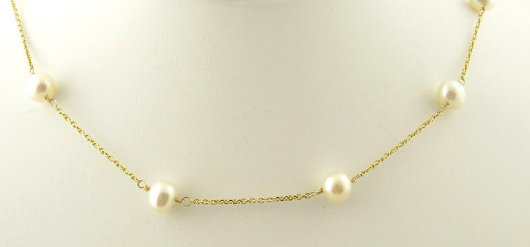 14 Karat Yellow Gold and Pearl Necklace For Sale 1