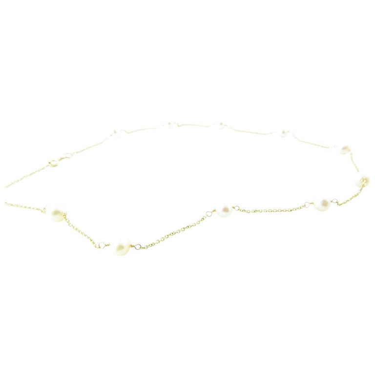 14 Karat Yellow Gold and Pearl Necklace For Sale 2