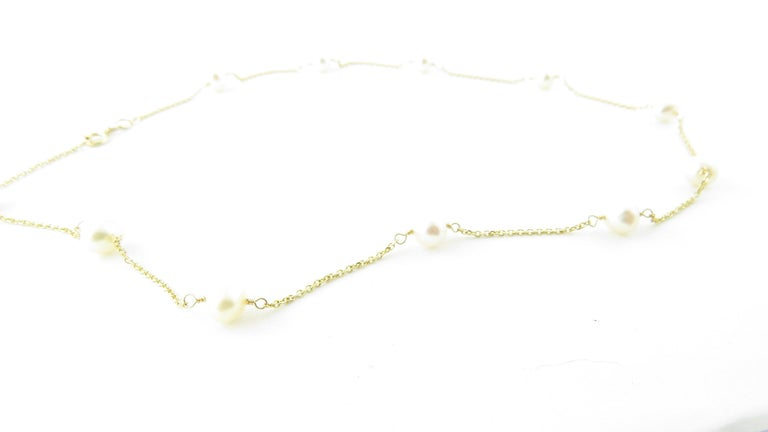 14 Karat Yellow Gold and Pearl Necklace For Sale 3