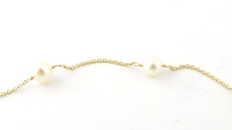 14 Karat Yellow Gold and Pearl Necklace For Sale 4